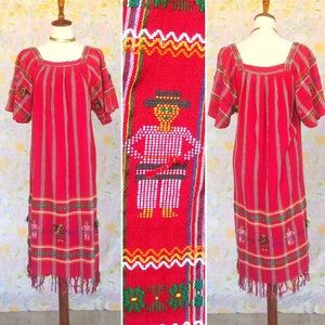 True Vintage❤️Embroidered Guatemalan Midi Dress!